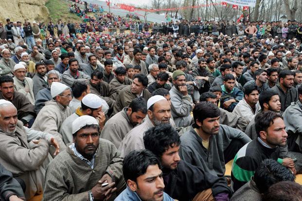 मतदान न कर पाने का मलाल : कश्मीरियों को कहीं से भी मतदान करने कि सहूलत मिले तो होगा 80% मतदान