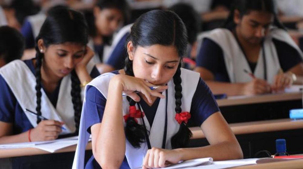यह समय है राजनीतिक दल भारत के लिए 2022 तक 100% साक्षरता का वादा करे