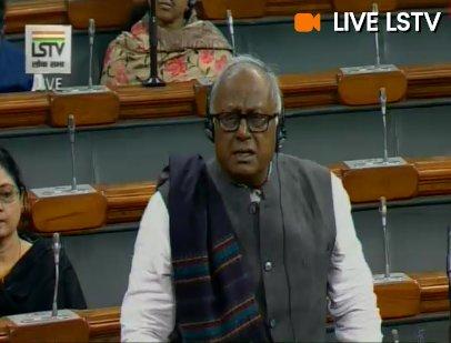ममता बनर्जी बनाम CBI: लोकसभा में TMC सासंदो ने किया हंगामा!