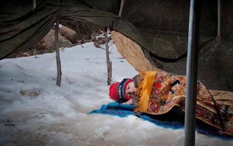 ज़ंग से तबाह सीरिया में अब ठंडी की मार, 25 से ज्यादा बच्चों की मौत!