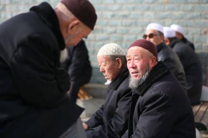 चीन: मुस्लिमों के खिलाफ़ म्यांमार जैसे हालात बनाने की कोशिश!