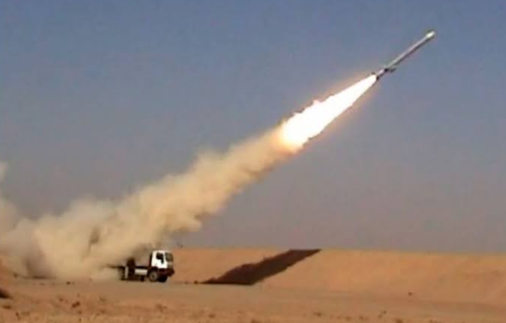 ईरान ने बढ़ाई अपनी ताक़त, क्रूज मिसाइल का सफल परीक्षण किया!