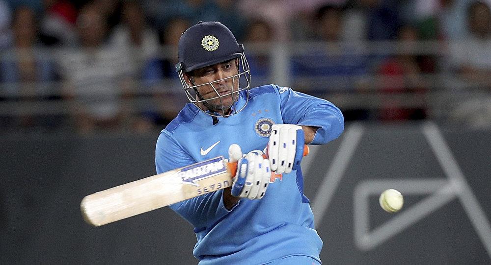 धोनी ने न्यूजीलैंड में क्रिकेट की वजह से नहीं बल्कि अपने देशभक्त हावभाव के कारण प्रशंसकों का दिल जीता