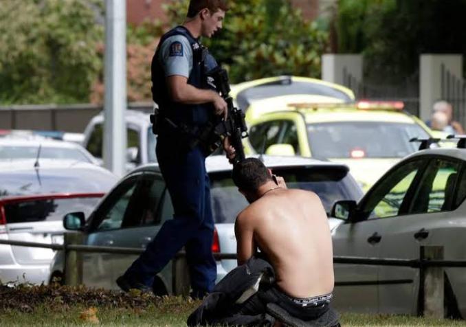 न्यूज़ीलैंड मस्जिदों पर हमला: हमलावर आतंकी पर आरोप तय!