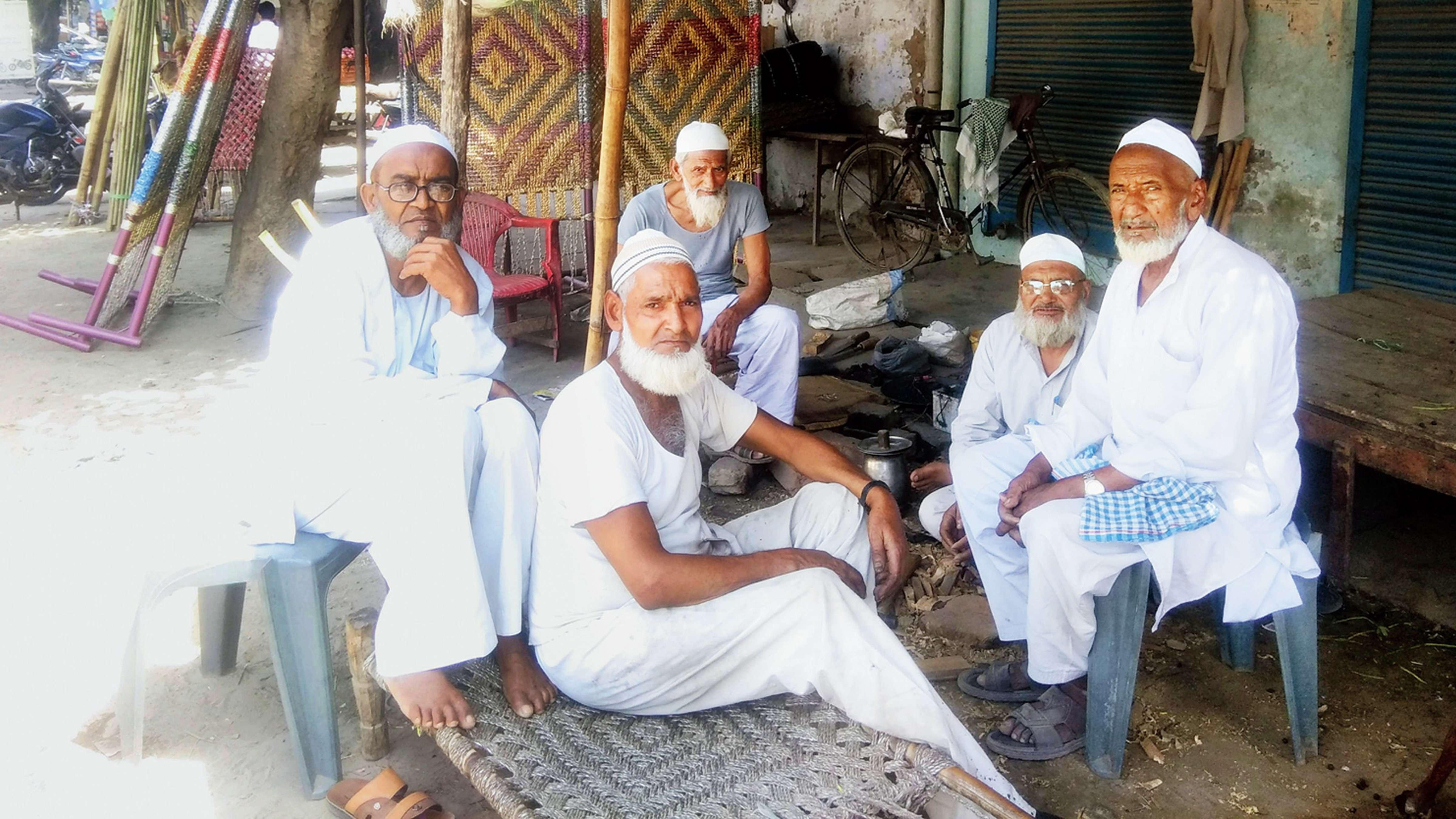 अलीगढ़ को मुजफ्फरनगर बनाने कि कोशिश में जुटी है भाजपा : अलीगढ़ वोटर